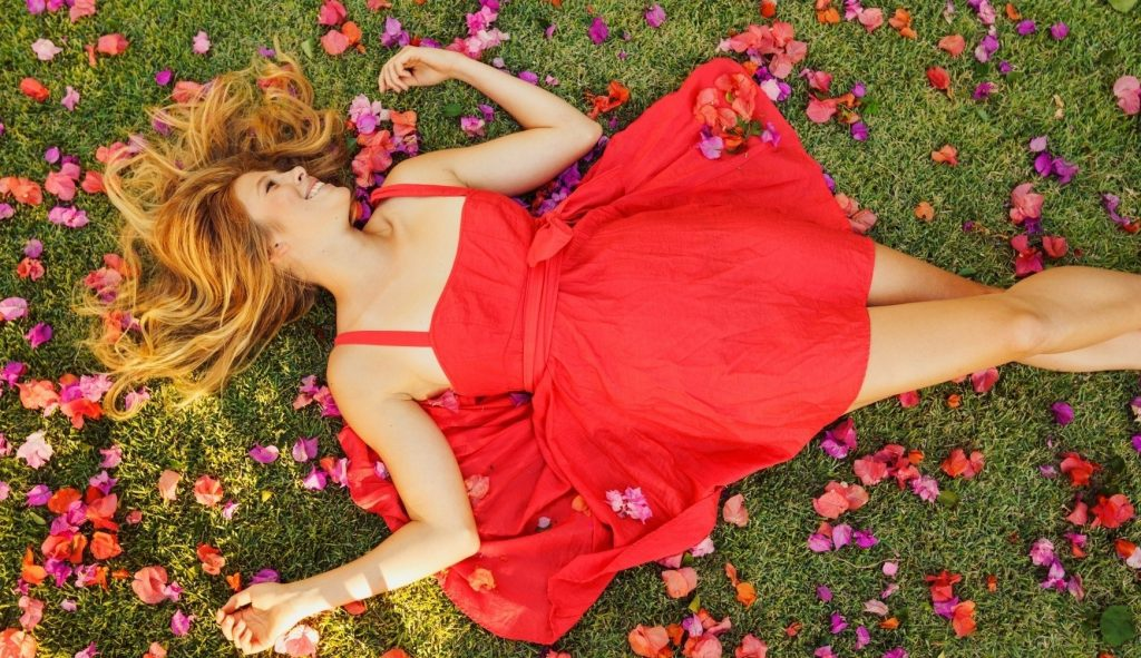 model-creighton_jak-sukienka_juglans